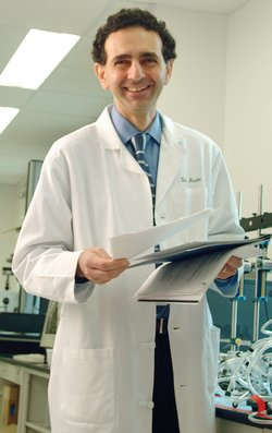Anthony Atala in lab