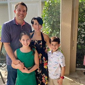 Jeffrey Siegelman with his family
