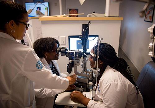 eye exam at Western University